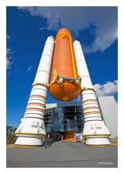 Booster Rocket & Fuel Tank for Space Shuttle
